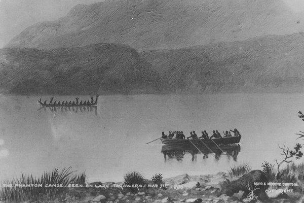 Phantom Canoe lake Tarawera